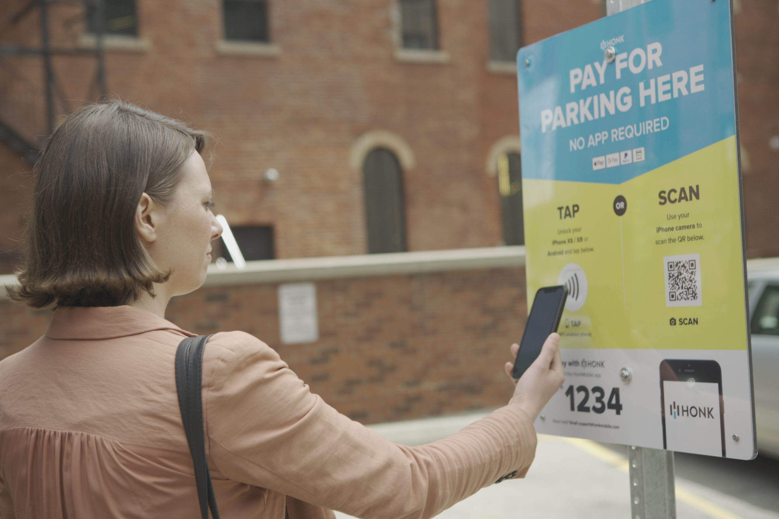 Honk is providing its contactless, cashless & app-less HonkTAP smart stations